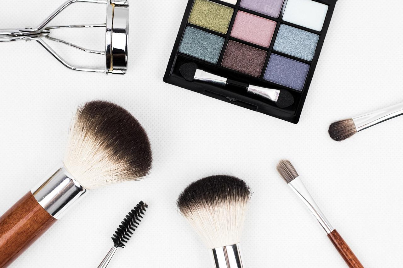 Szkolenie okresowe bhp kosmetyczek, pracowników salonów kosmetycznych i SPA
