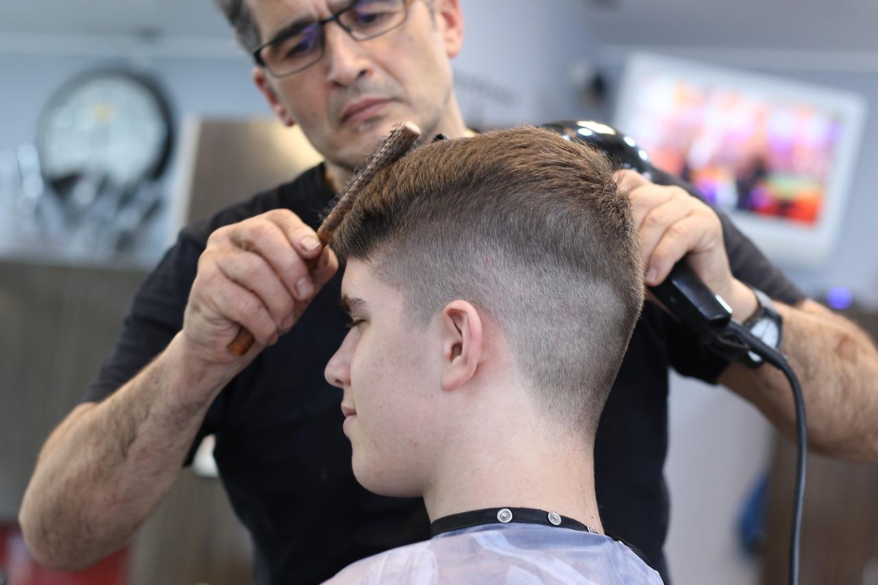 Szkolenie okresowe bhp fryzjerek i fryzjerów